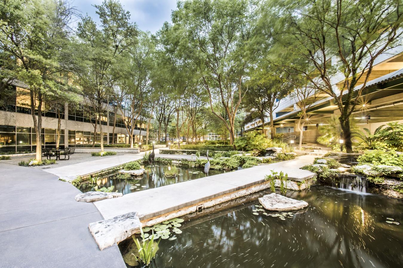LoopNet back of building pond 2x